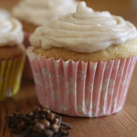Chai Spiced Frosting - £0.75