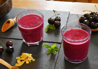 Beetroot berry smoothie