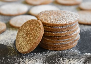 Allspice biscuits