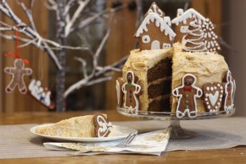Biscuit spread gingerbread layer cake