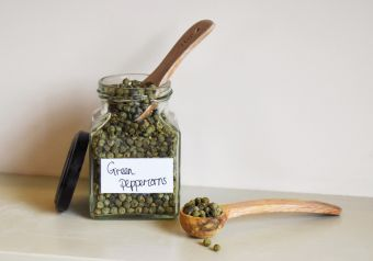 Green peppercorns (whole)
