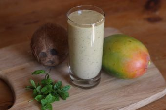 Mango boost smoothie
