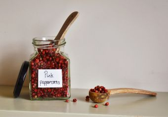 Pink peppercorns (whole)